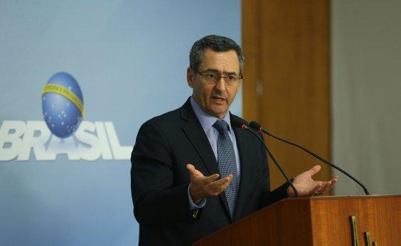 [Ministro vê prazo curto e diz que governo não privatiza Eletrobras neste ano]