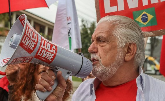 [Jaques Wagner volta a ser principal cotado para substituir Lula na eleição, diz coluna]