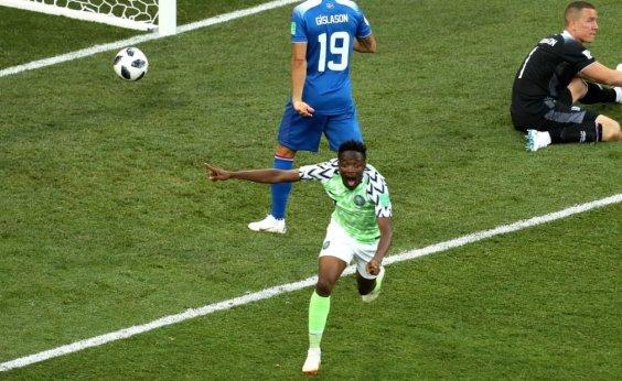 [Nigéria vence Islândia, assume 2º lugar do Grupo D e dá sobrevida à Argentina]