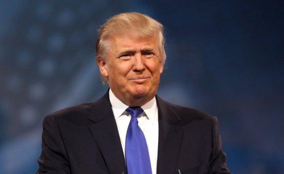 [Trump quer impor taxa de 20% sobre veículos da União Europeia]