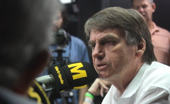 [Bolsonaro decide fugir de debates na TV no primeiro turno]