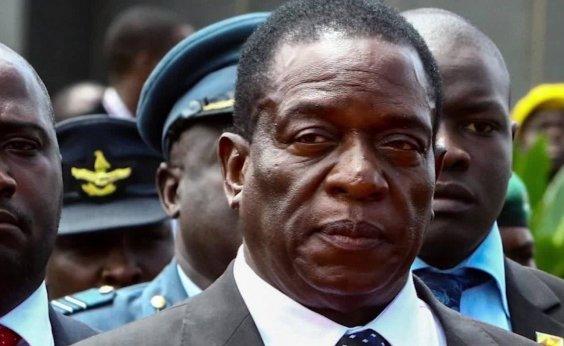 [Comício do presidente do Zimbábue é alvo de bomba]
