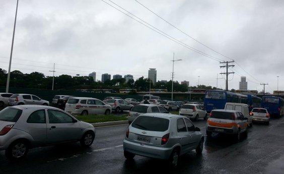 [Quase 6% dos motoristas dirigem sob efeito de álcool em Salvador, diz estudo]