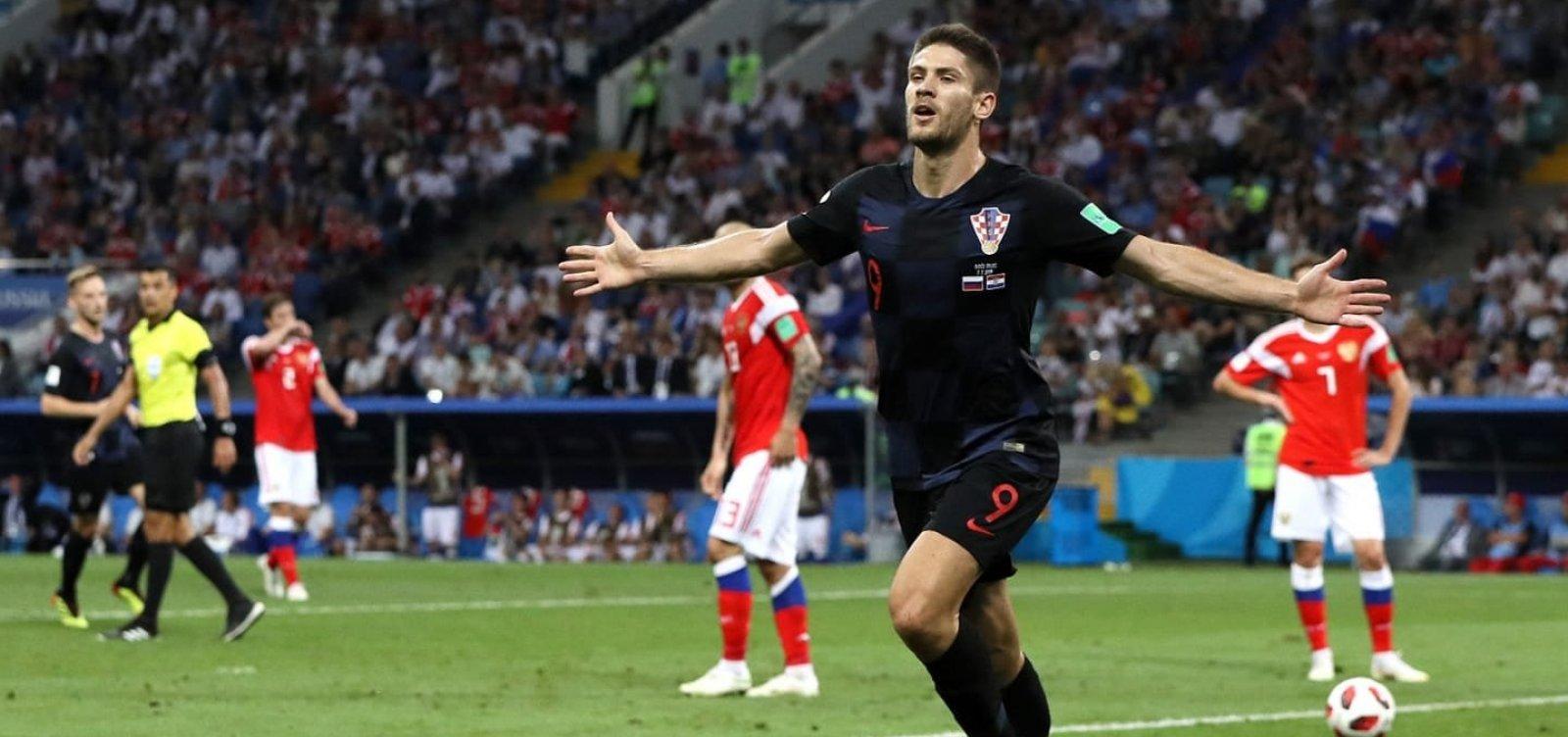 [Nos pênaltis, Croácia vence Rússia e chega à segunda semifinal, agora contra Inglaterra]