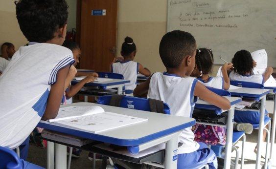 [Prefeitura diz que número de escolas sem aula permanece em 13%]