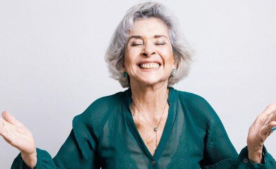 [Betty Faria defende Zé Mayer em caso de assédio e chama figurinista de 'piveta']