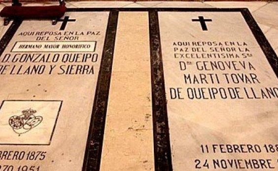 [Espanha removerá ossada de general fascista de catedral em Sevilha]