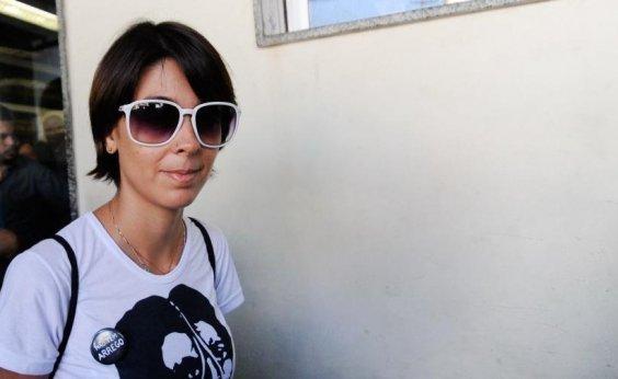 [Juiz condena à prisão Sininho e outros ativistas envolvidos em protestos de 2013]