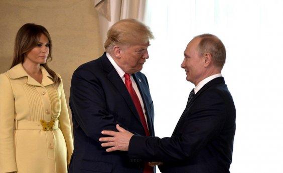 [Trump diz que considera Putin responsável por interferência russa nas eleições de 2016]