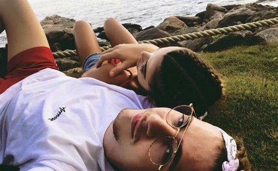 [Após término de Chay Suede e Laura Neiva, Manu Gavassi e youtuber anunciam fim de namoro]