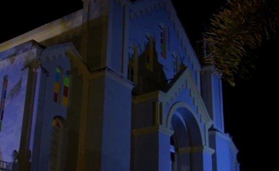 [Bebê é abandonado na porta de igreja católica em Itajuípe, no sul da Bahia]