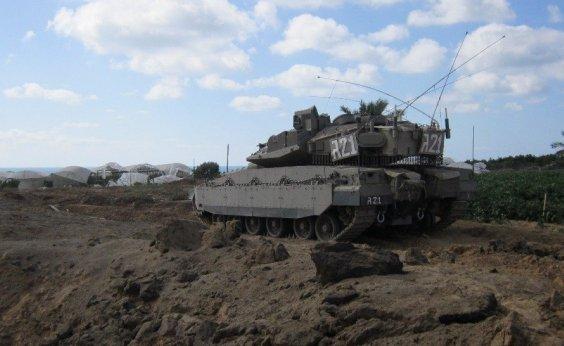 [Tanque israelense ataca posições do Hamas em Gaza após violação da fronteira]
