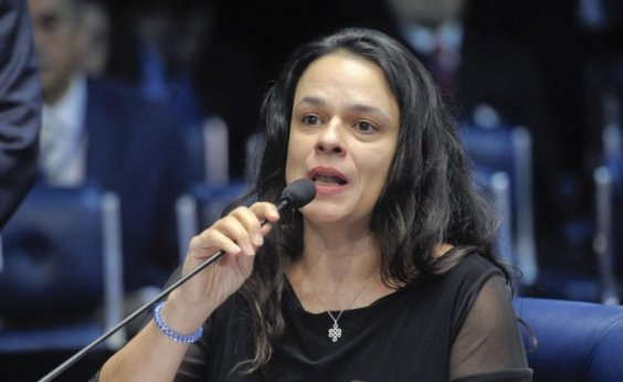 [Cotada para vice de Bolsonaro, Janaína Paschoal diz que PSL poderá virar um 'PT ao contrário']