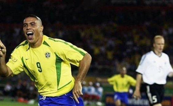 [Ronaldo deve ganhar série dirigida por Bruno de Luca, diz site]