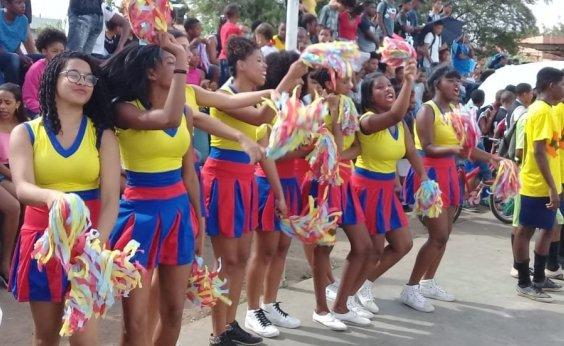 [Escolas estaduais comemoram Dia do Estudante com atividades culturais]