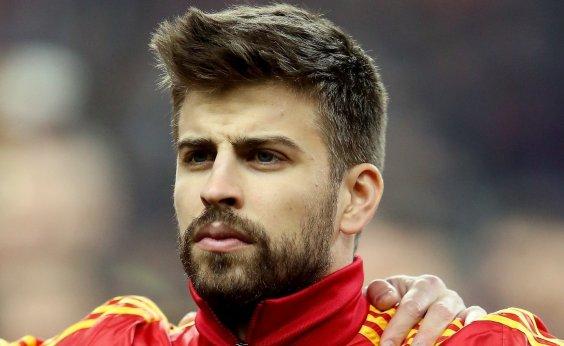[Piqué anuncia saída da seleção espanhola para 'focar no Barcelona']