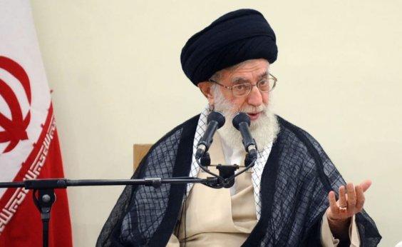 [Líder supremo do Irã proíbe negociação com os EUA]