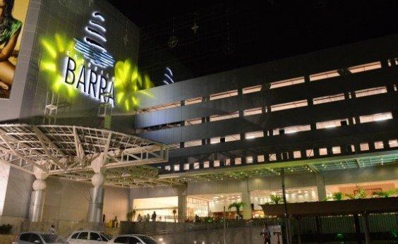[Lojas do Shopping Barra são reabertas após queda de energia]