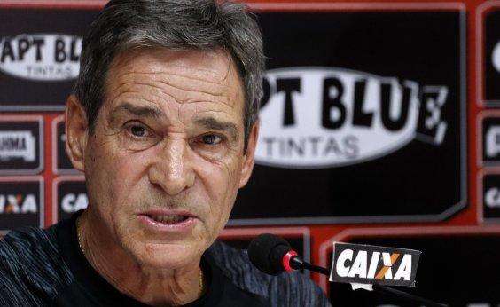 [Carpegiani identifica mudanças no Vitória e projeta time ideal contra o Palmeiras]