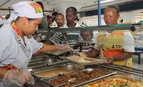 [Setor alojamento e alimentação demitiu 49 mil pessoas na Bahia no 2º trimestre]