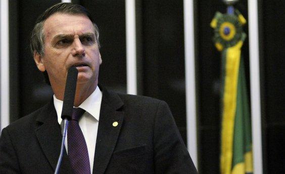 [Bolsonaro diz que quem critica seu plano de governo é 'analfabeto']