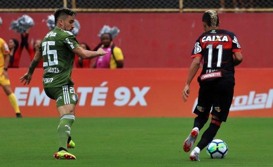 [Em crise, Vitória perde por 3 a 0 para Palmeiras no Barradão e fica no Z-4]