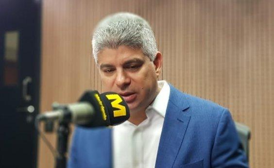 ['Acham que fazem belíssimo trabalho, mas é só discussão politiqueira', diz Barbosa sobre oposição]