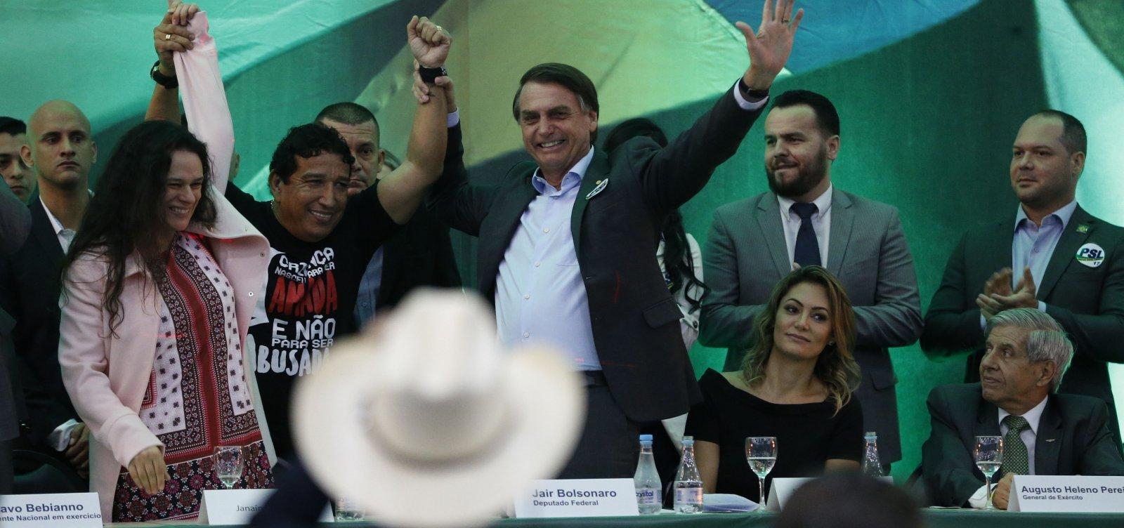 [Bolsonaro diz que atos do MST têm de ser tratados como 'terrorismo']
