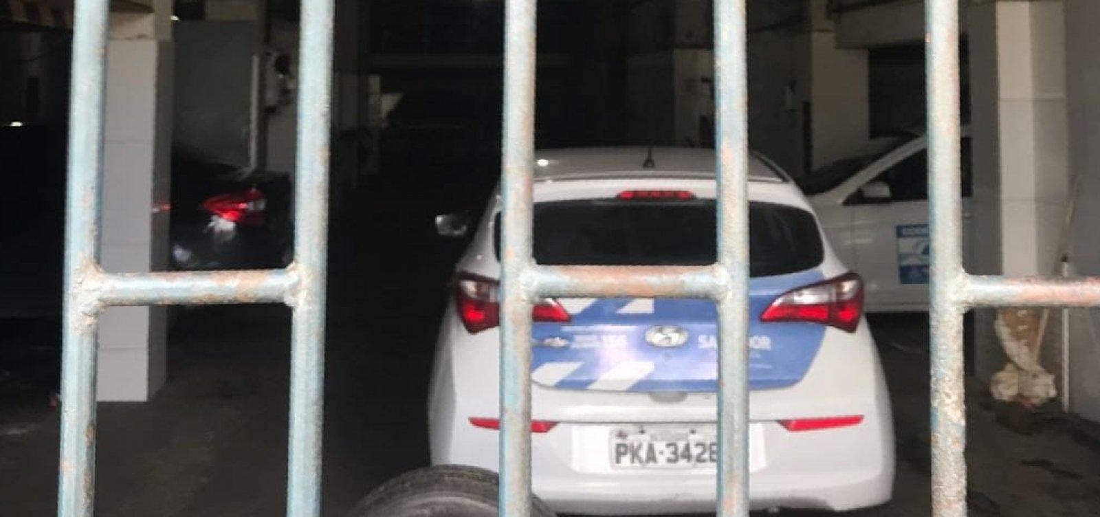 [Carros oficiais da prefeitura são usados em campanha de Zé Ronaldo]