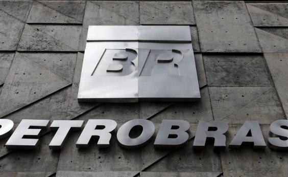 [Petrobras volta a subir o preço da gasolina nas refinarias]