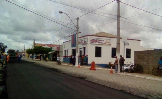 [Assaltantes levam R$ 200 mil em dinheiro de empresária no interior da Bahia]