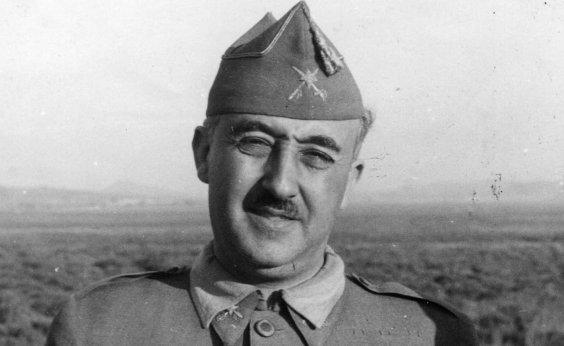 [Decreto para exumar Franco de mausoléu é aprovado pelo Parlamento espanhol]