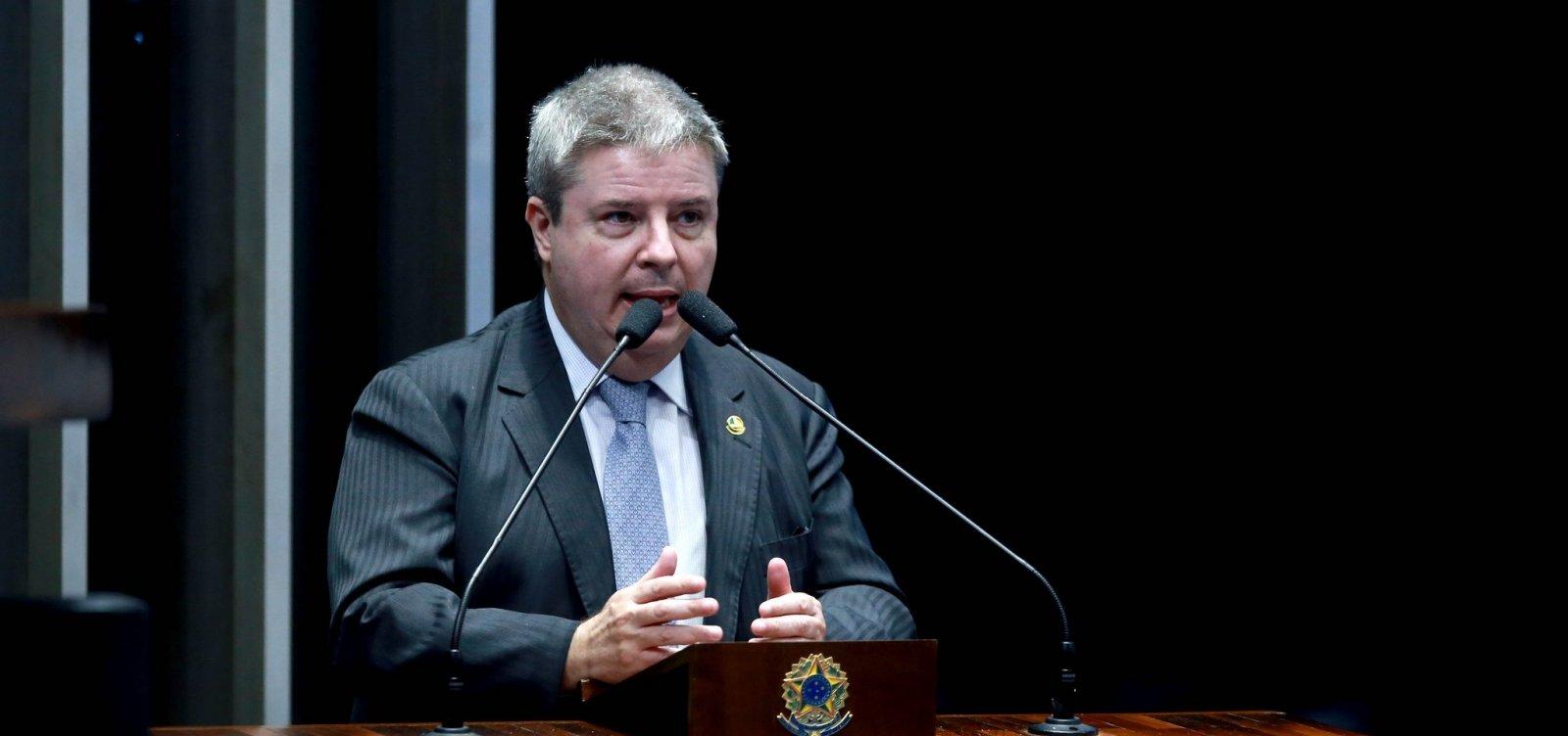 [Candidatos do PSDB, Novo e DEM lideram arrecadações com doações de pessoas físicas]