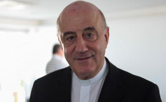 [Dom Murilo nega que igreja faça campanha política e condena 'generalização' sobre pedofilia]