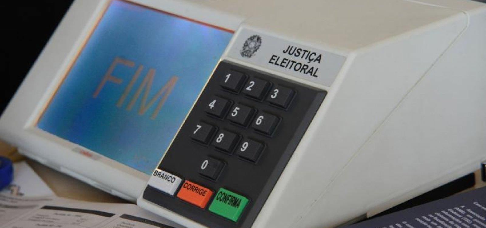 [Cidadãos baianos registram mais de 200 denúncias ao TSE]