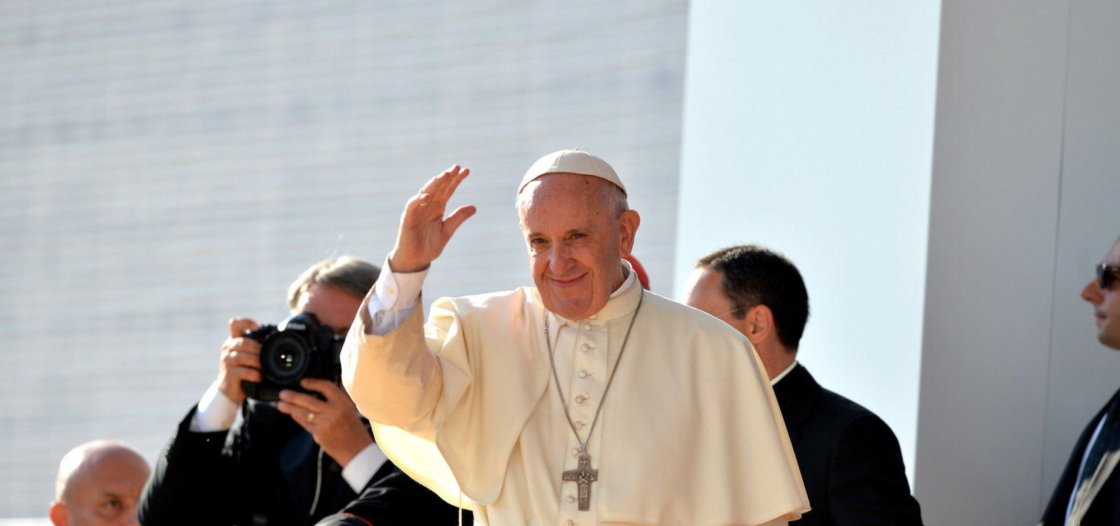 [Papa Francisco faz discurso contra ódio: 'Parem de pensar em vocês mesmos']