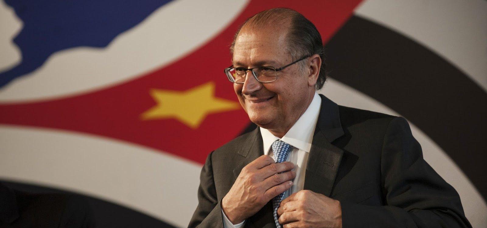 [Familiares de Alckmin lucraram R$ 3,8 milhões com decretos do ex-governador de SP]