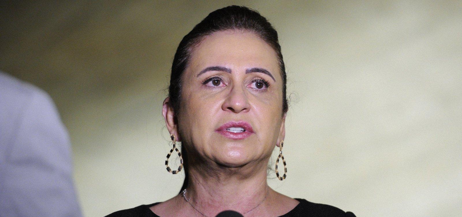 [Vice de Ciro acusa Haddad de se esconder durante impeachment de Dilma ]