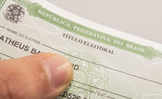 [Mais de 300 transexuais e travestis usarão o nome social para ir às urnas na Bahia]