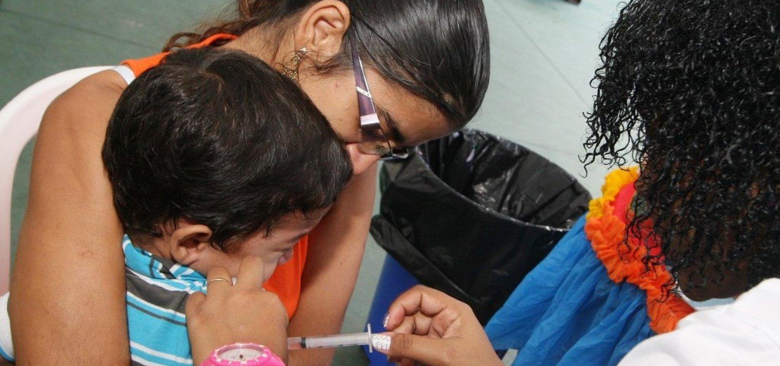 [Governo estuda tornar obrigatória vacinação de crianças]