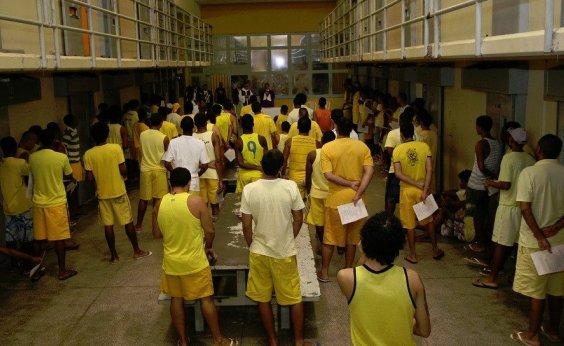 [Três detentos fogem do Presídio Salvador]