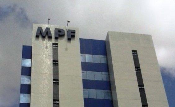 [MPF denuncia 12 pessoas por desvio de R$ 16 mi da educação em Porto Seguro]