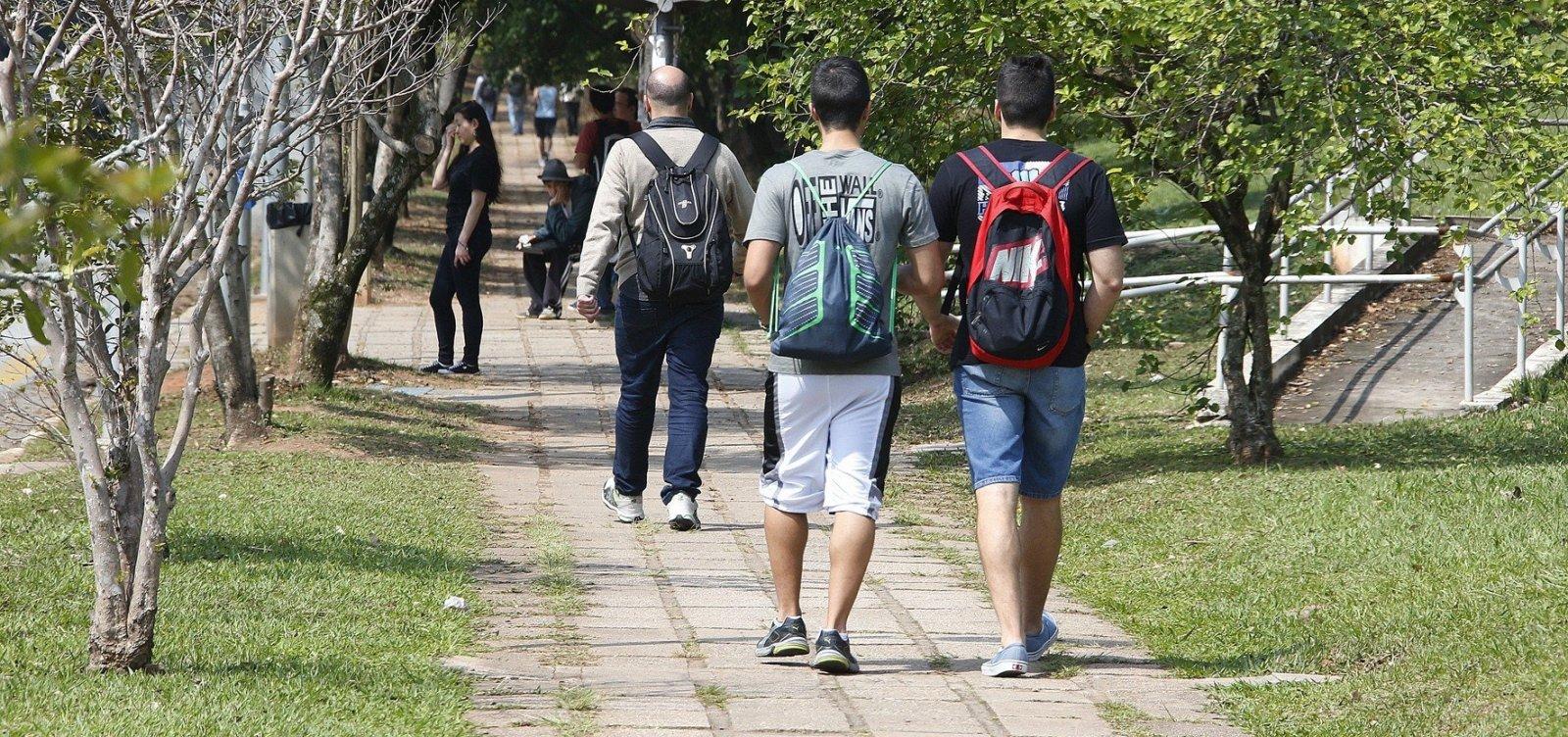 [Cresce número de estudantes do ensino superior na Bahia]