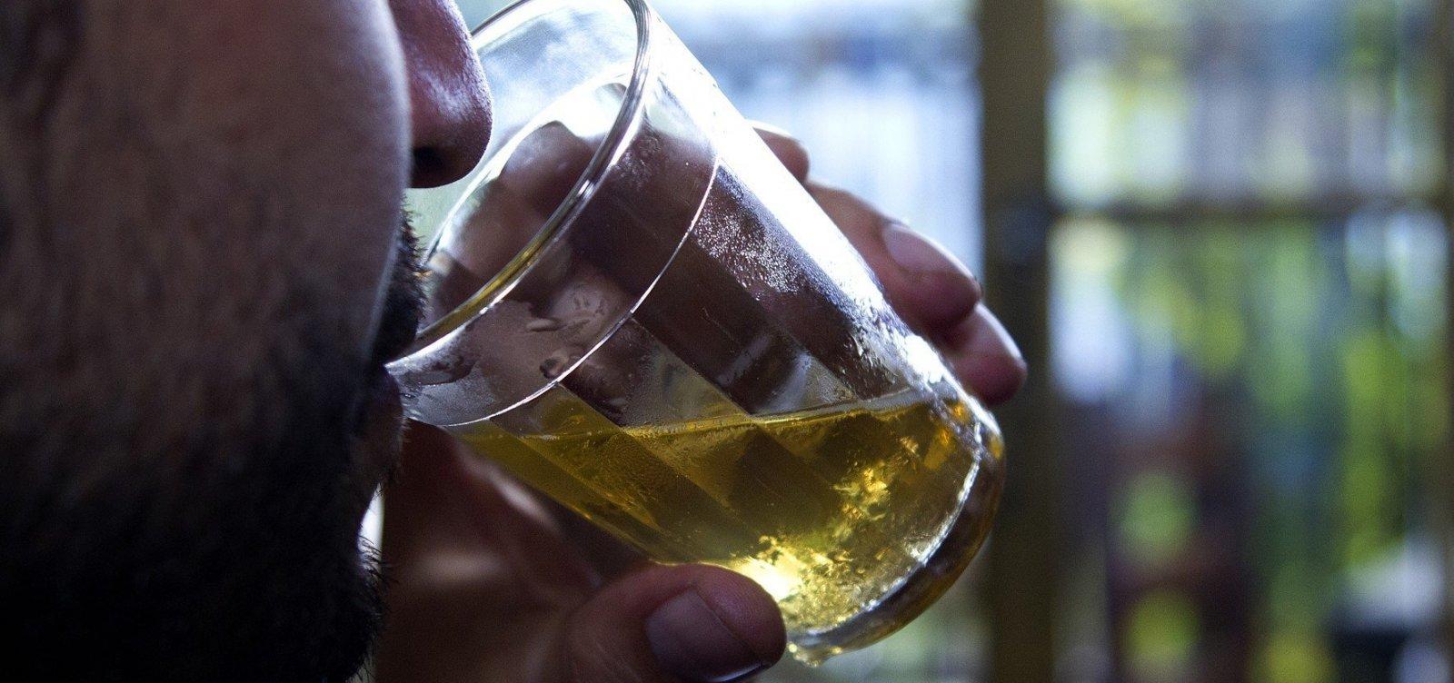 [Álcool em excesso mata mais de 3 milhões de pessoas por ano]