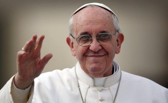 [Papa Francisco aceita renúncia de dois bispos chilenos por pedofilia]