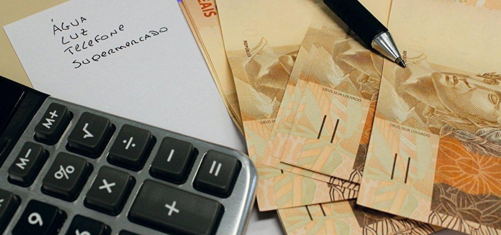 [Mercado financeiro aumenta estimativa de inflação para 4,28% este ano]