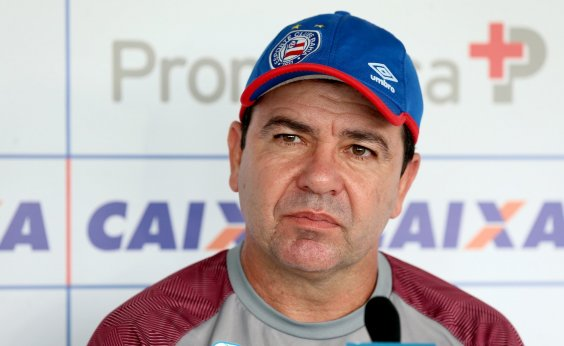 [Enderson fala em 'alternativas' para superar desgaste de elenco do Bahia]