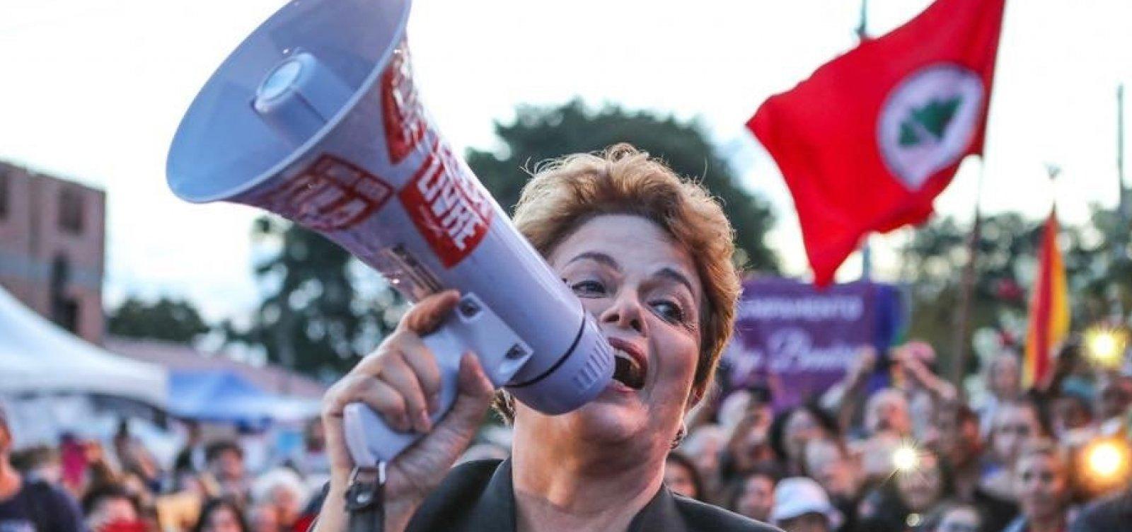 [Candidata ao Senado, Dilma chama Bolsonaro de 'coiso' e Temer de 'usurpador']
