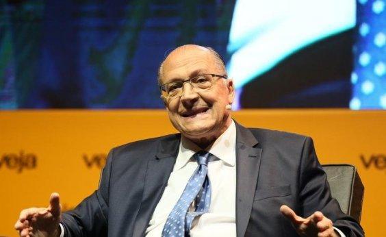 [Alckmin leva à TV campanha de mulheres e prega voto útil para vencer PT]