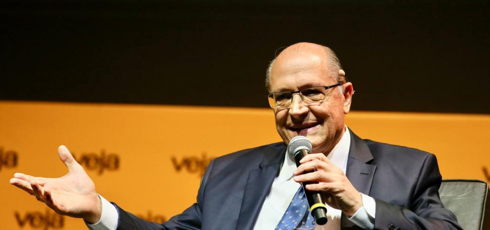 [Candidato defende 'menos partidos e voto facultativo' e admite que PSDB está 'fragilizado']